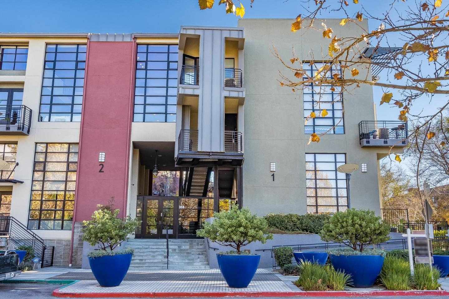 Detail Gallery Image 1 of 32 For 350 E Mission St #209,  San Jose,  CA 95112 - 1 Beds   1/1 Baths
