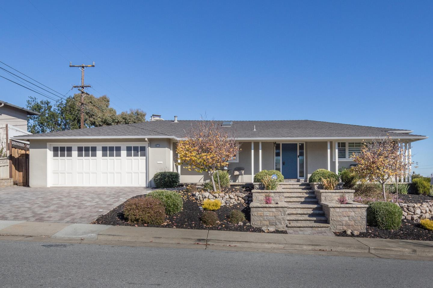Detail Gallery Image 1 of 1 For 1309 Woodland Dr, San Mateo,  CA 94402 - 2 Beds   2 Baths