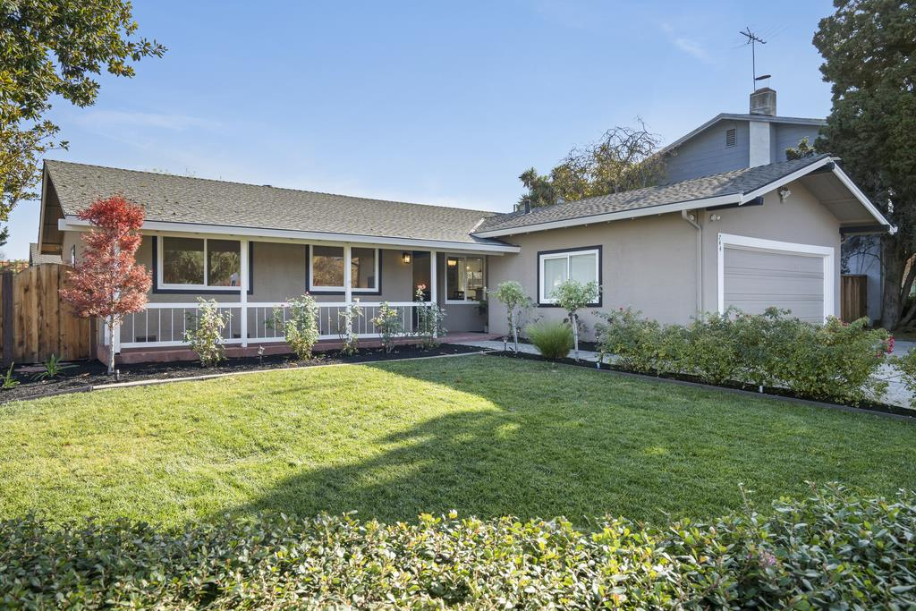 Detail Gallery Image 1 of 1 For 744 Henderson Ave, Sunnyvale,  CA 94086 - 3 Beds | 2 Baths