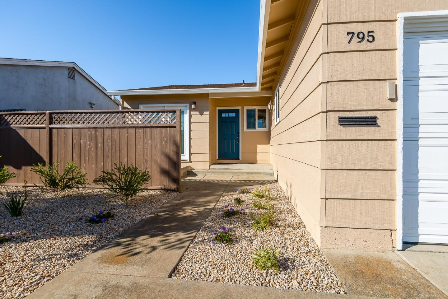 Detail Gallery Image 1 of 1 For 795 Bronte Ave, Watsonville,  CA 95076 - 2 Beds | 2 Baths