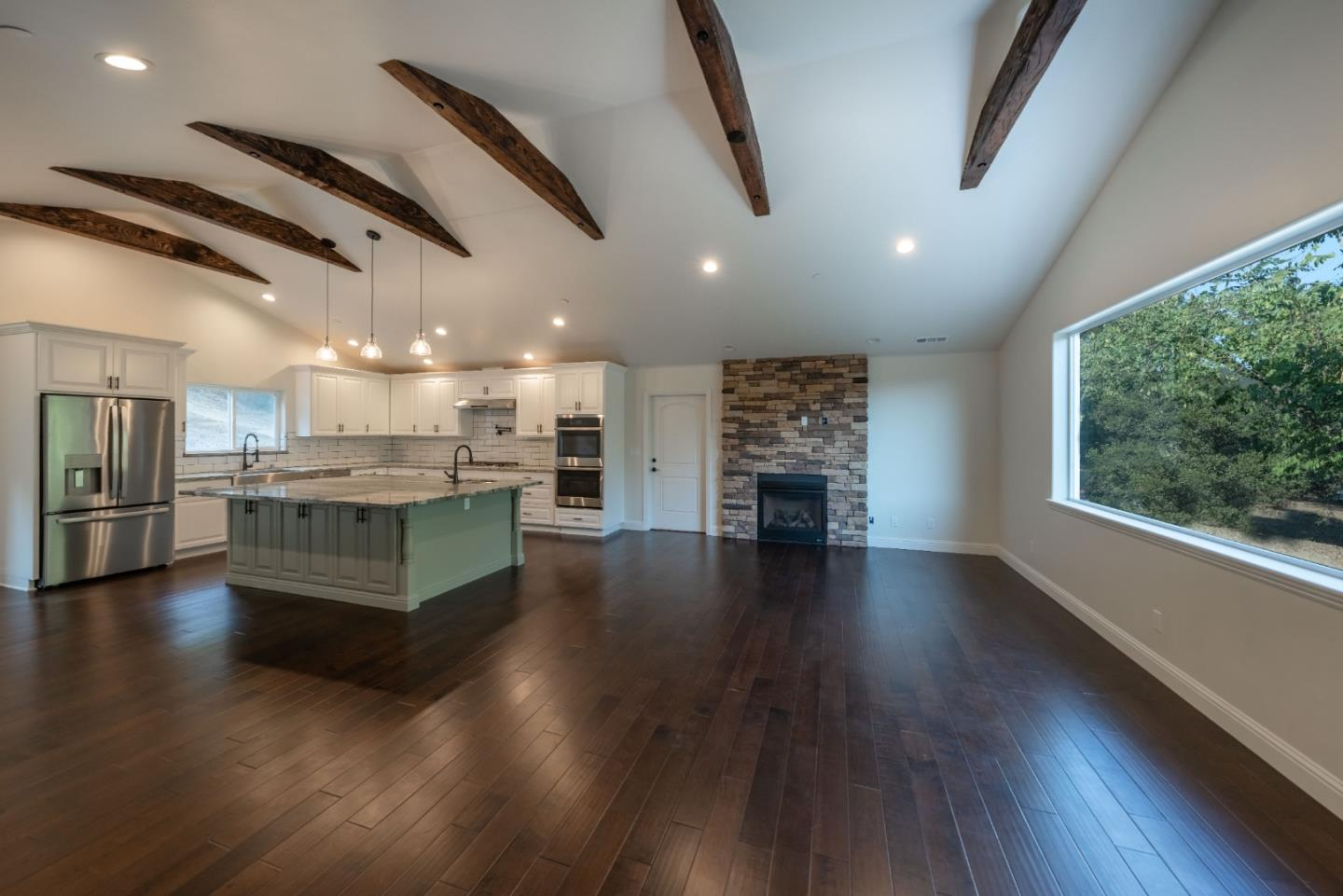 Detail Gallery Image 1 of 20 For 0 Moro Rd, Salinas,  CA 93907 - – Beds | – Baths