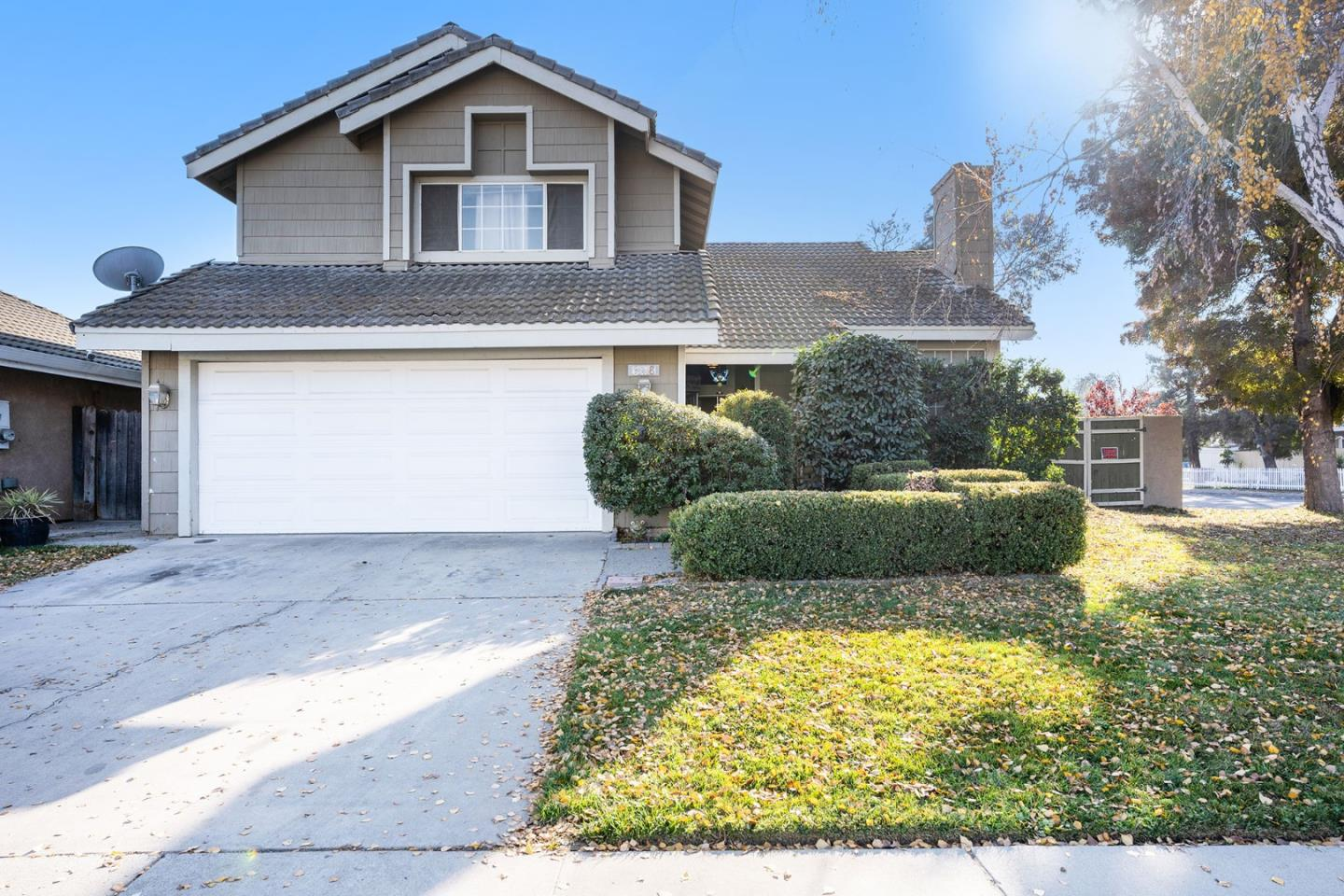 Detail Gallery Image 1 of 1 For 628 Glen Arbor Way, Modesto,  CA 95358 - 4 Beds | 2/1 Baths