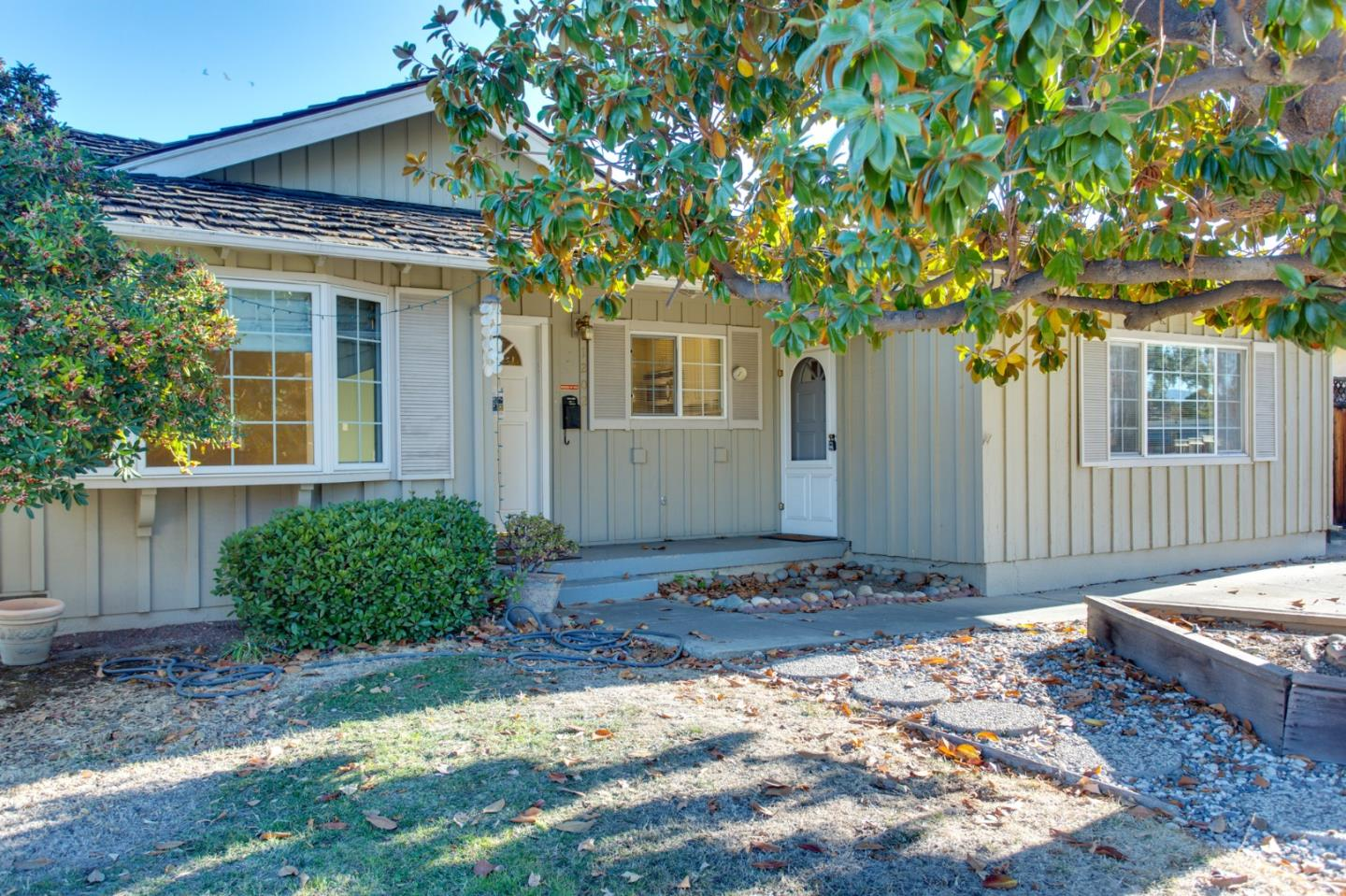 Detail Gallery Image 1 of 1 For 1202 Lime Dr, Sunnyvale,  CA 94087 - 3 Beds | 2 Baths