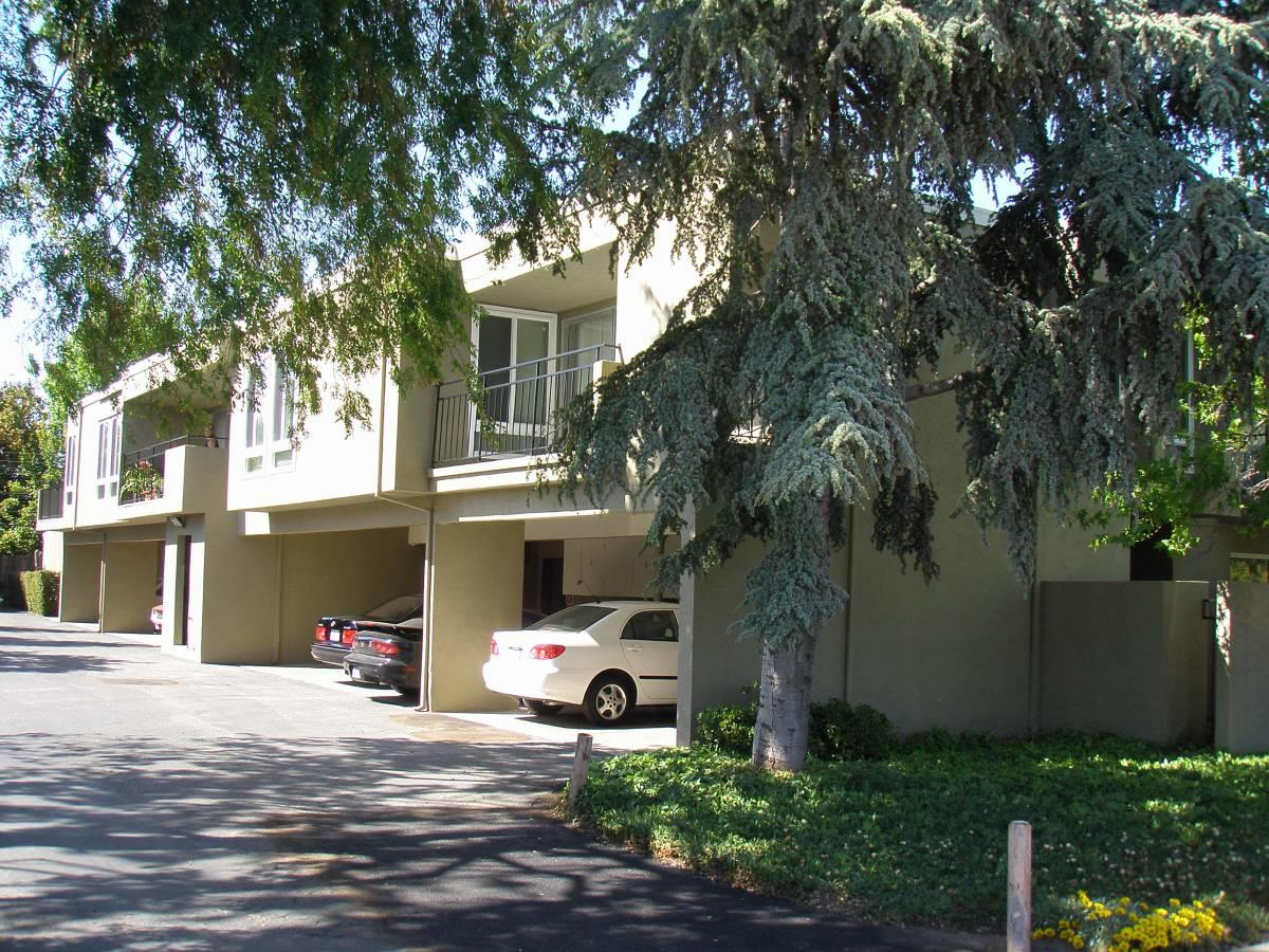 Detail Gallery Image 1 of 11 For 89 E39th Ave, San Mateo,  CA 94403 - 1 Beds   1 Baths