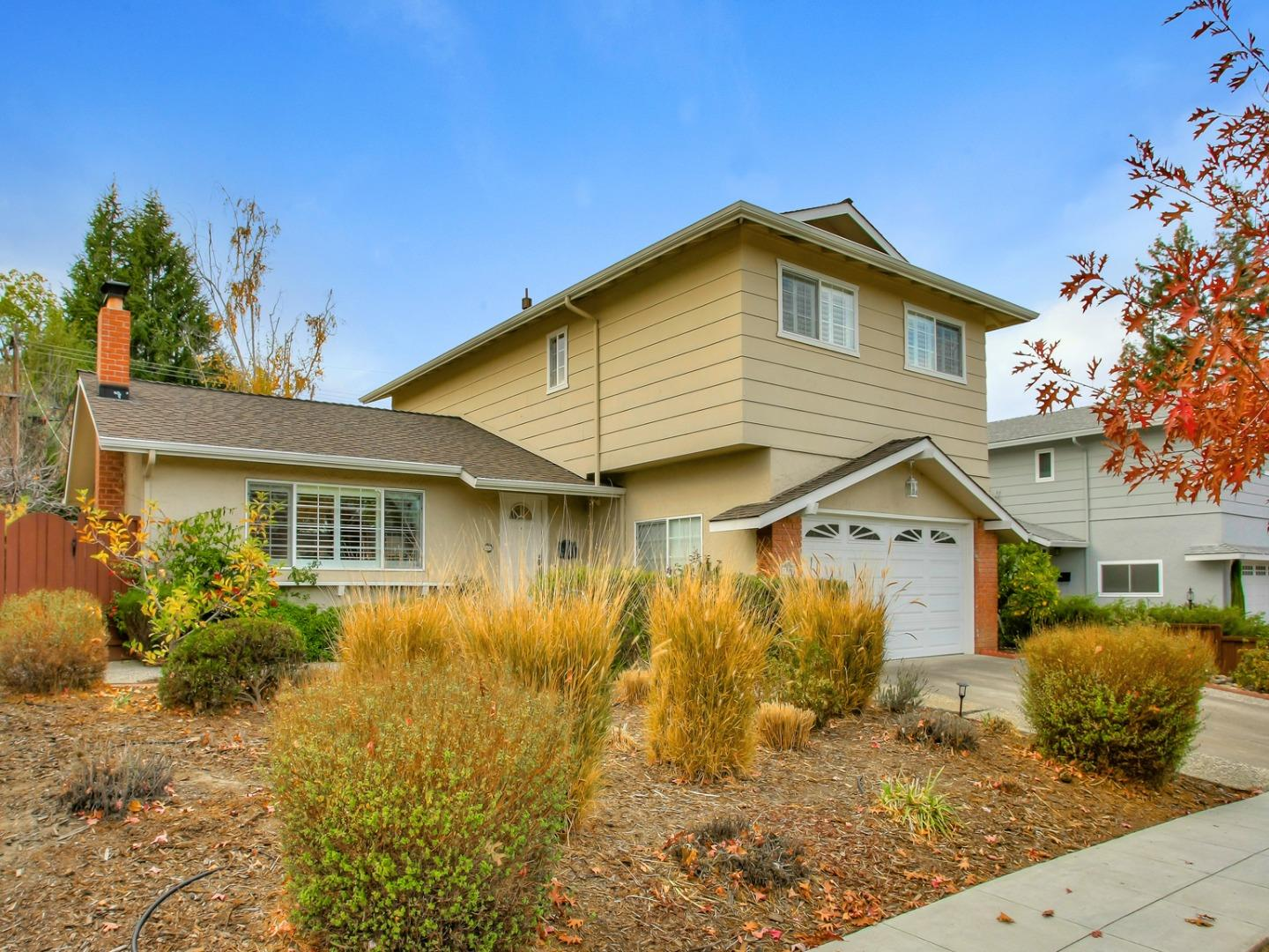 Detail Gallery Image 1 of 1 For 1783 Kimberly Dr, Sunnyvale,  CA 94087 - 4 Beds   2/1 Baths