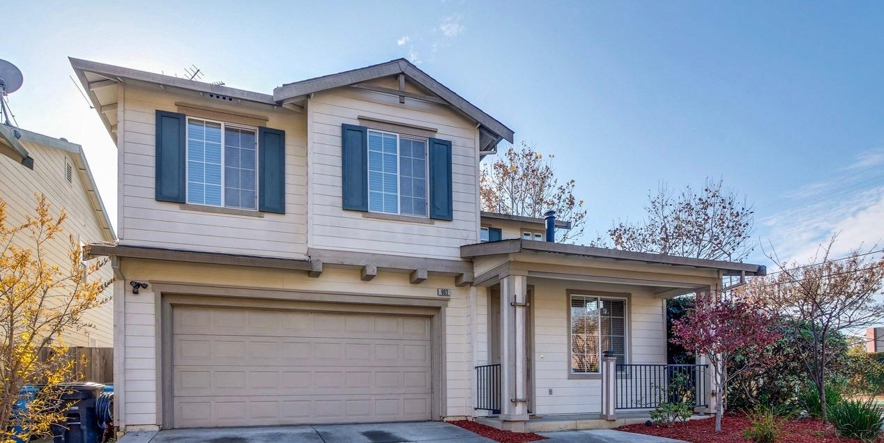 Detail Gallery Image 1 of 1 For 902 Tinsley St, East Palo Alto,  CA 94303 - 3 Beds | 2/1 Baths