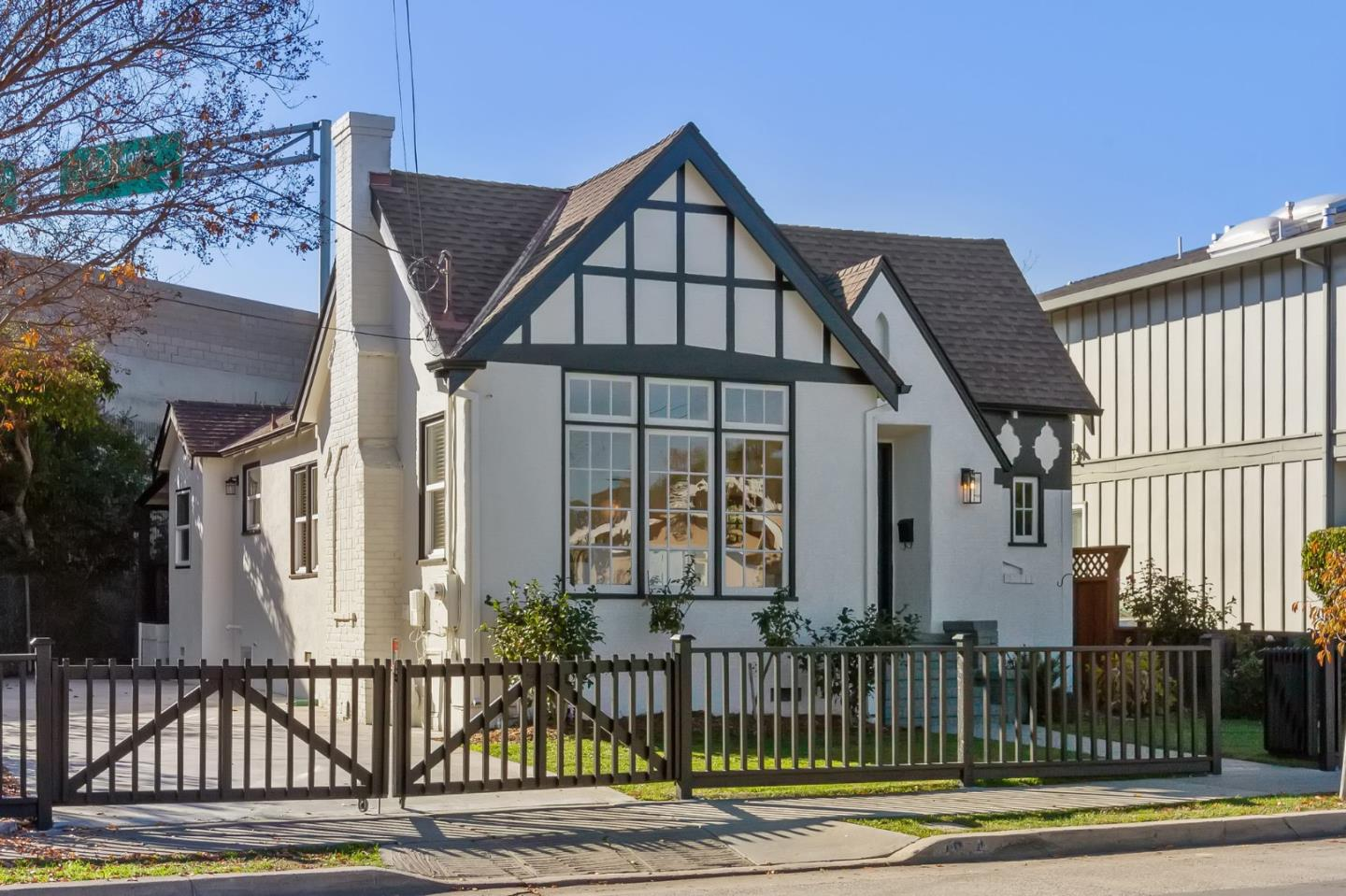Detail Gallery Image 1 of 1 For 1814 Palm Ave, San Mateo,  CA 94402 - 2 Beds | 1 Baths