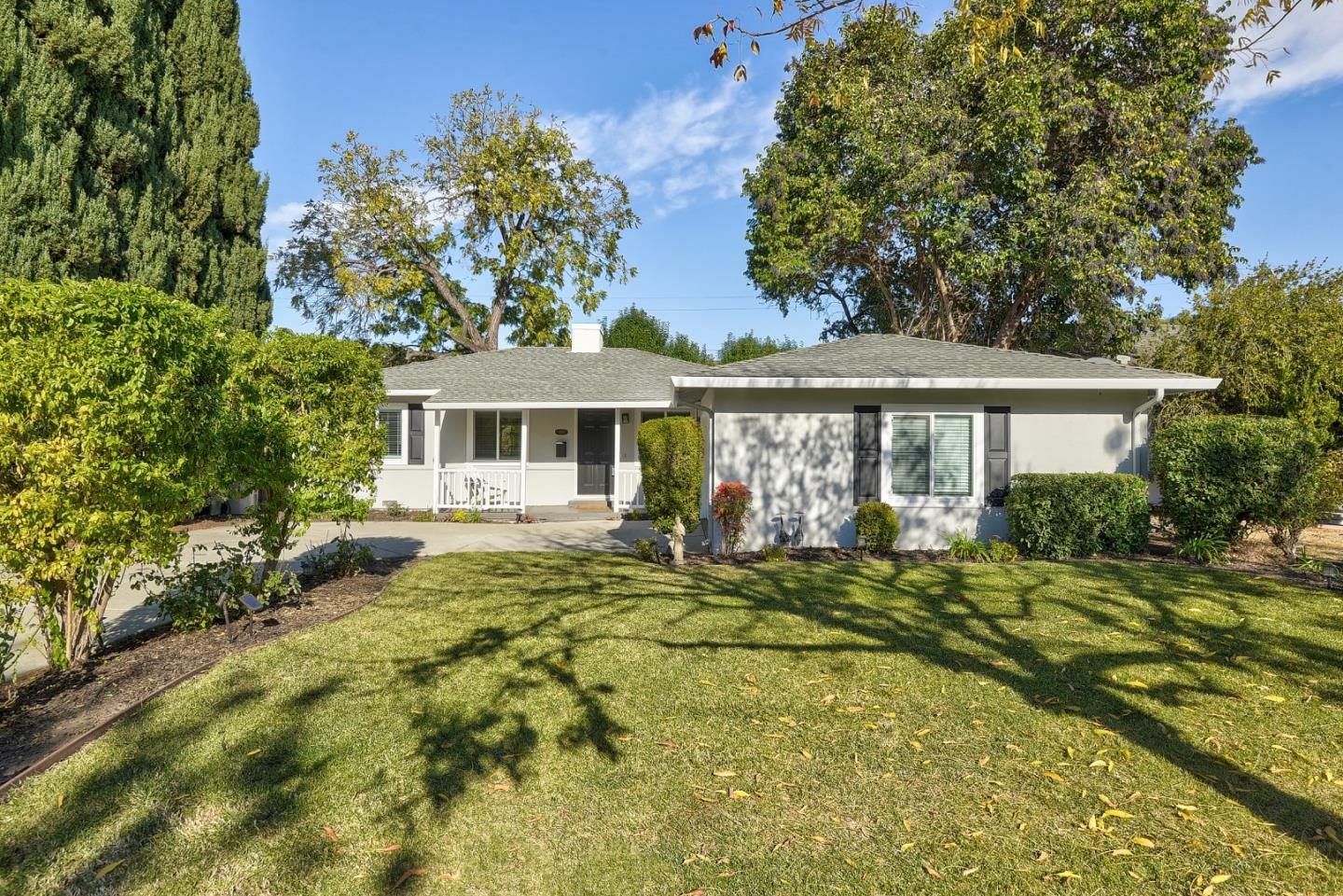 Detail Gallery Image 1 of 1 For 1971 Heatherdale Ave, San Jose,  CA 95126 - 3 Beds | 1 Baths
