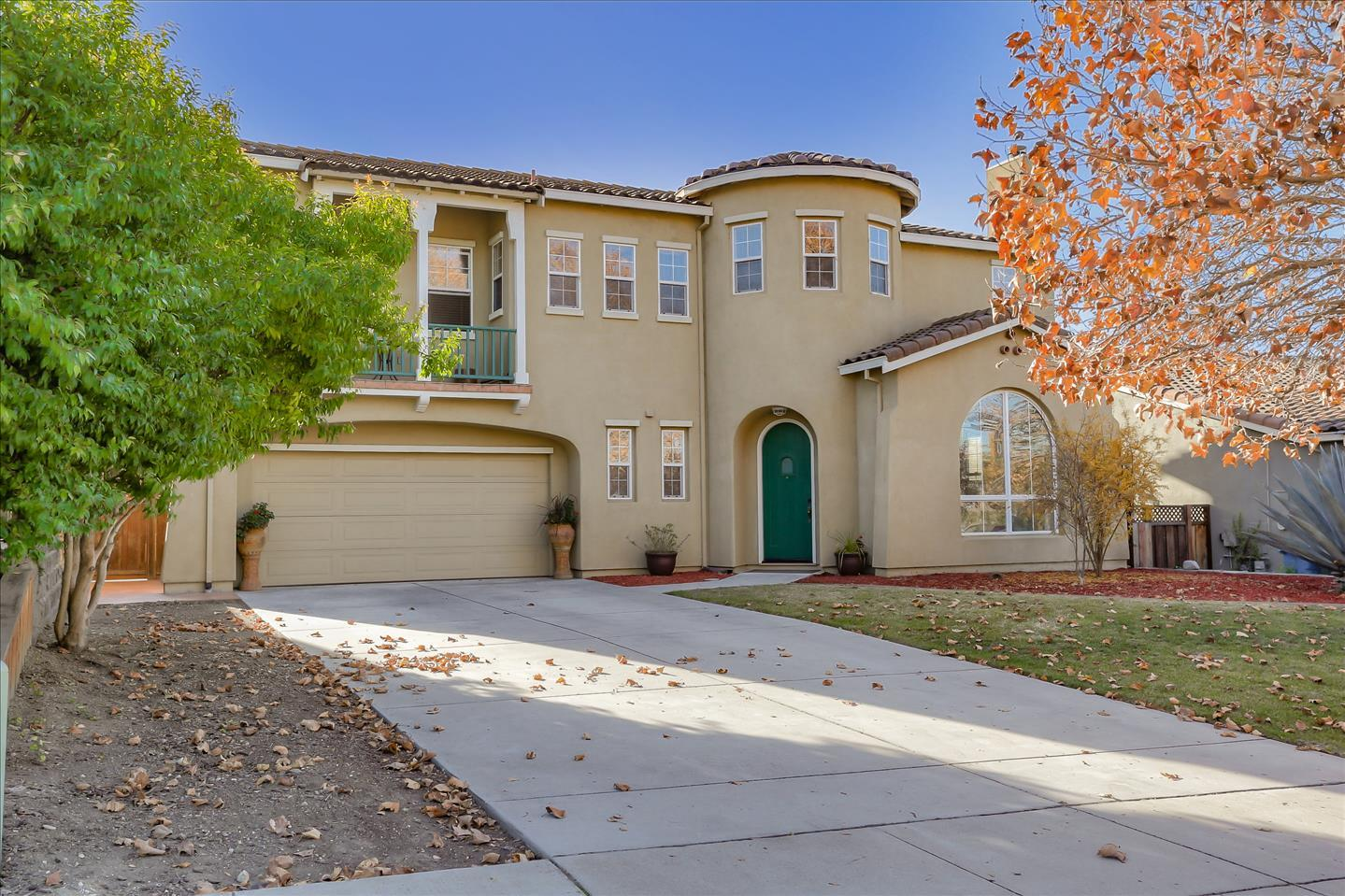 Detail Gallery Image 1 of 63 For 1123 First St, San Juan Bautista,  CA 95045 - 5 Beds | 2/1 Baths