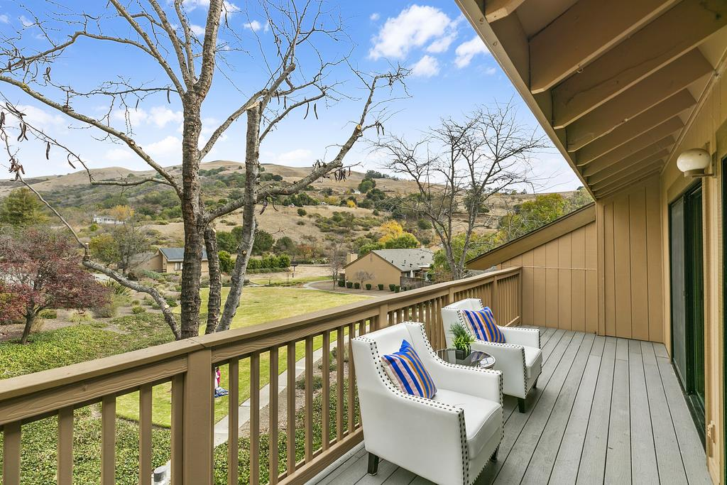 Detail Gallery Image 1 of 1 For 106 Spyglass Hill Rd, San Jose,  CA 95127 - 3 Beds | 2/1 Baths