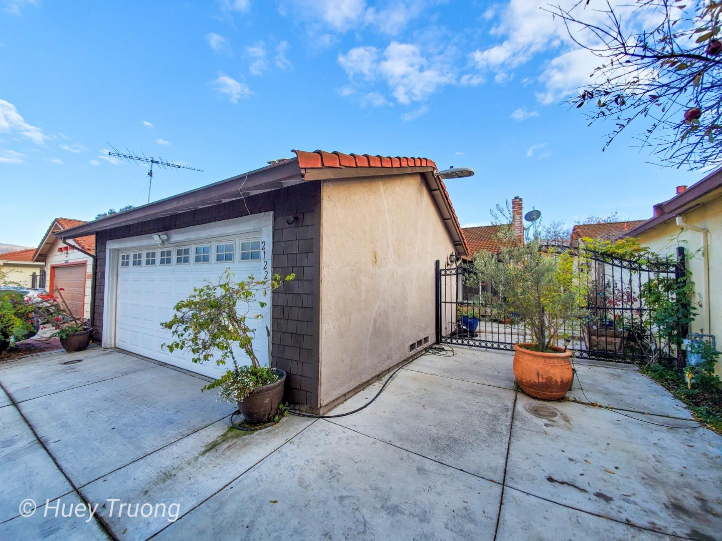 Detail Gallery Image 1 of 1 For 2122 Nottoway Ave, San Jose,  CA 95116 - 3 Beds | 2 Baths