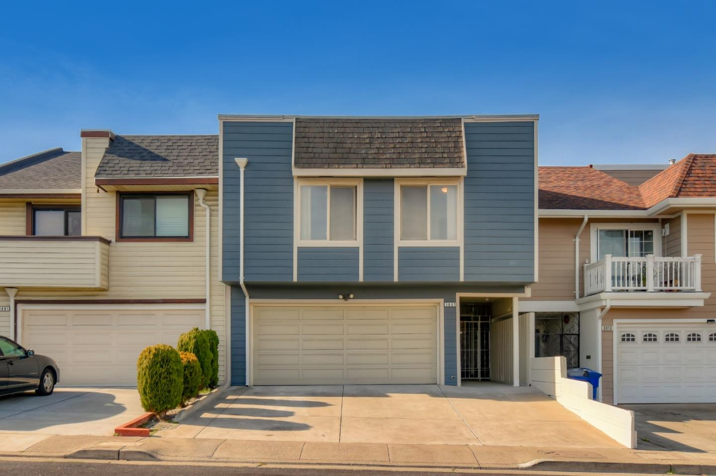 Detail Gallery Image 1 of 1 For 3807 Crofton Way, South San Francisco,  CA 94080 - 3 Beds | 2 Baths