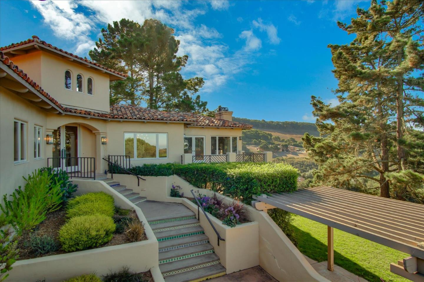 Detail Gallery Image 1 of 1 For 11502 Saddle Rd, Monterey,  CA 93940 - 5 Beds   3/1 Baths
