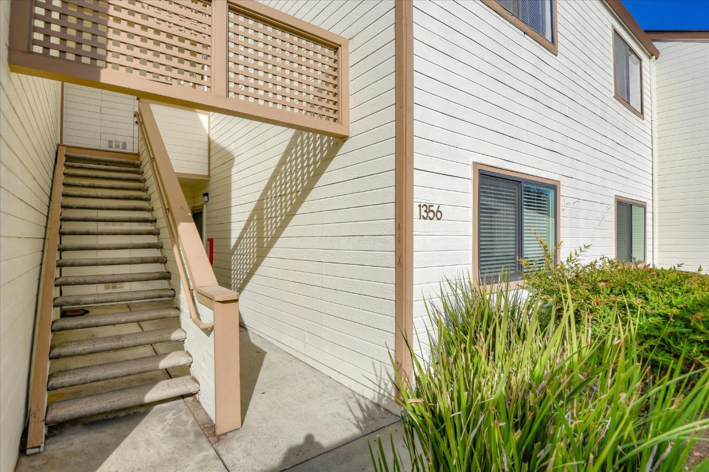 Detail Gallery Image 1 of 1 For 1356 Pebble Ct, San Jose,  CA 95131 - 2 Beds   2 Baths