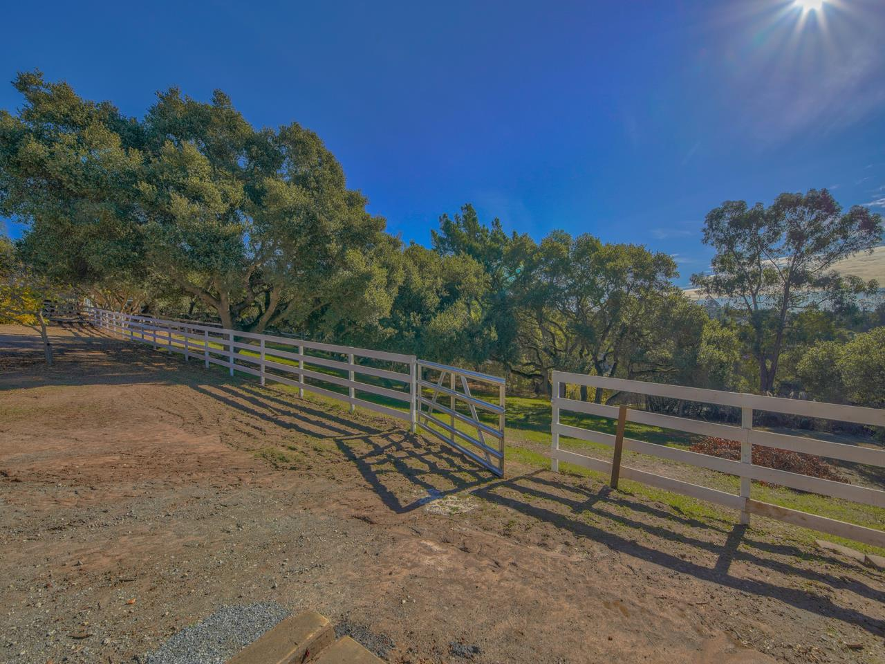 Detail Gallery Image 1 of 1 For 36 Crazy Horse Canyon Rd, Salinas,  CA 93907 - 4 Beds | 3/1 Baths