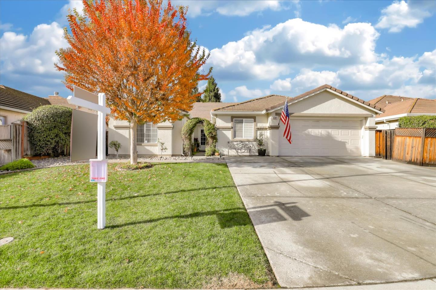 Detail Gallery Image 1 of 1 For 6381 Raspberry Ct, Gilroy,  CA 95020 - 4 Beds | 2/1 Baths