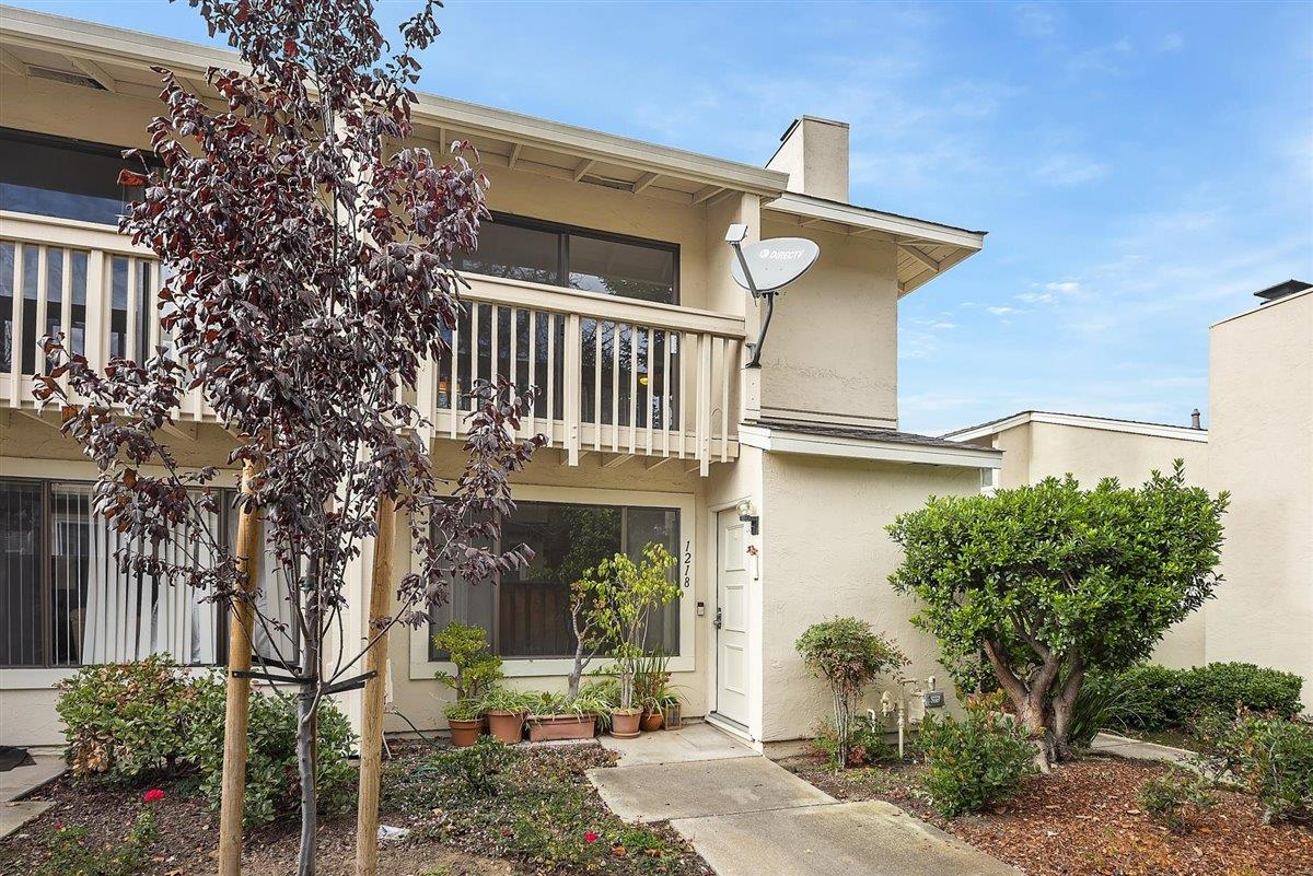 Detail Gallery Image 1 of 1 For 1218 Crescent Ter, Sunnyvale,  CA 94087 - 2 Beds | 2/1 Baths