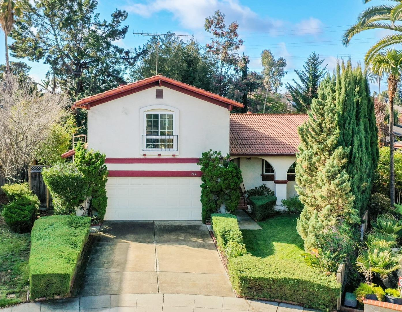 Detail Gallery Image 1 of 1 For 726 Calico Ct, Sunnyvale,  CA 94086 - 4 Beds   2/1 Baths