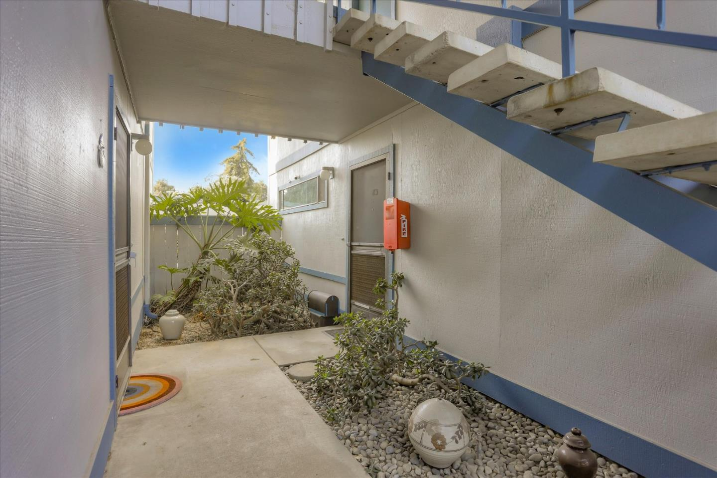 Detail Gallery Image 1 of 36 For 1925 46th Ave #83,  Capitola,  CA 95010 - 2 Beds | 1 Baths