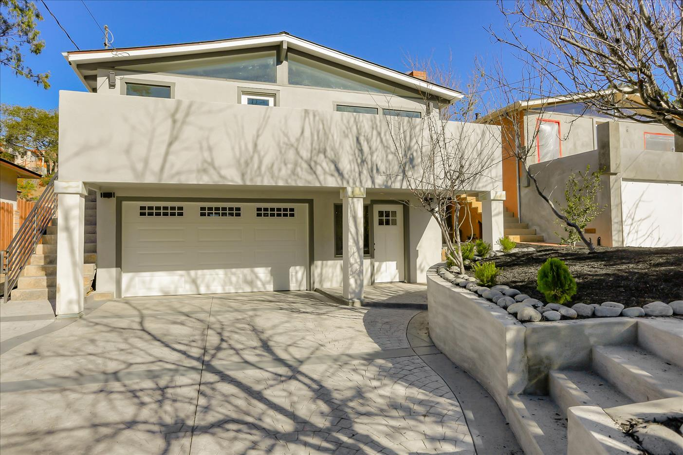 Detail Gallery Image 1 of 1 For 1047 Jefferson St, Monterey,  CA 93940 - 3 Beds   2 Baths