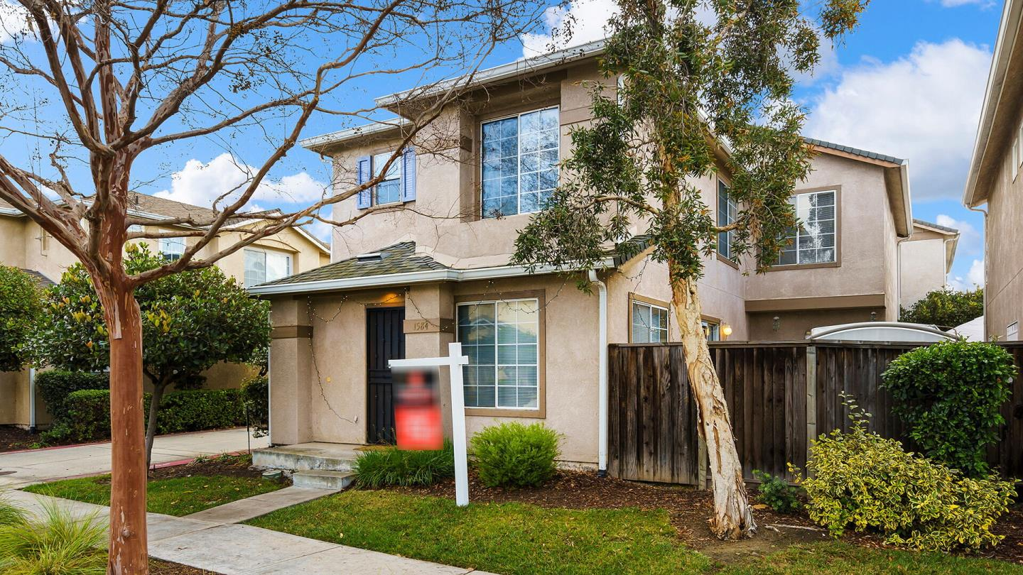 Detail Gallery Image 1 of 1 For 1584 Hermocilla Way, San Jose,  CA 95116 - 4 Beds | 2/1 Baths