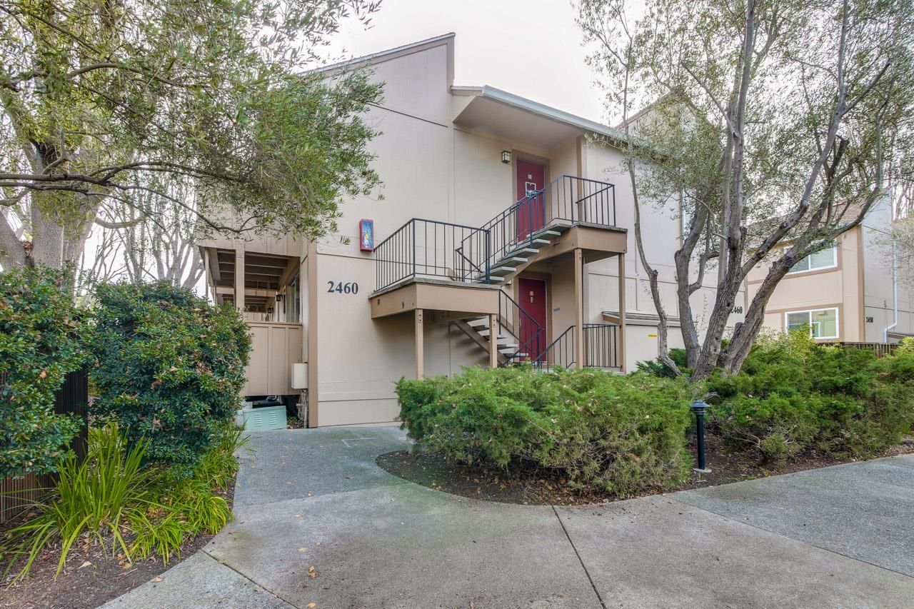 Detail Gallery Image 1 of 1 For 2460 W Bayshore Rd #9,  Palo Alto,  CA 94303 - 2 Beds | 1 Baths