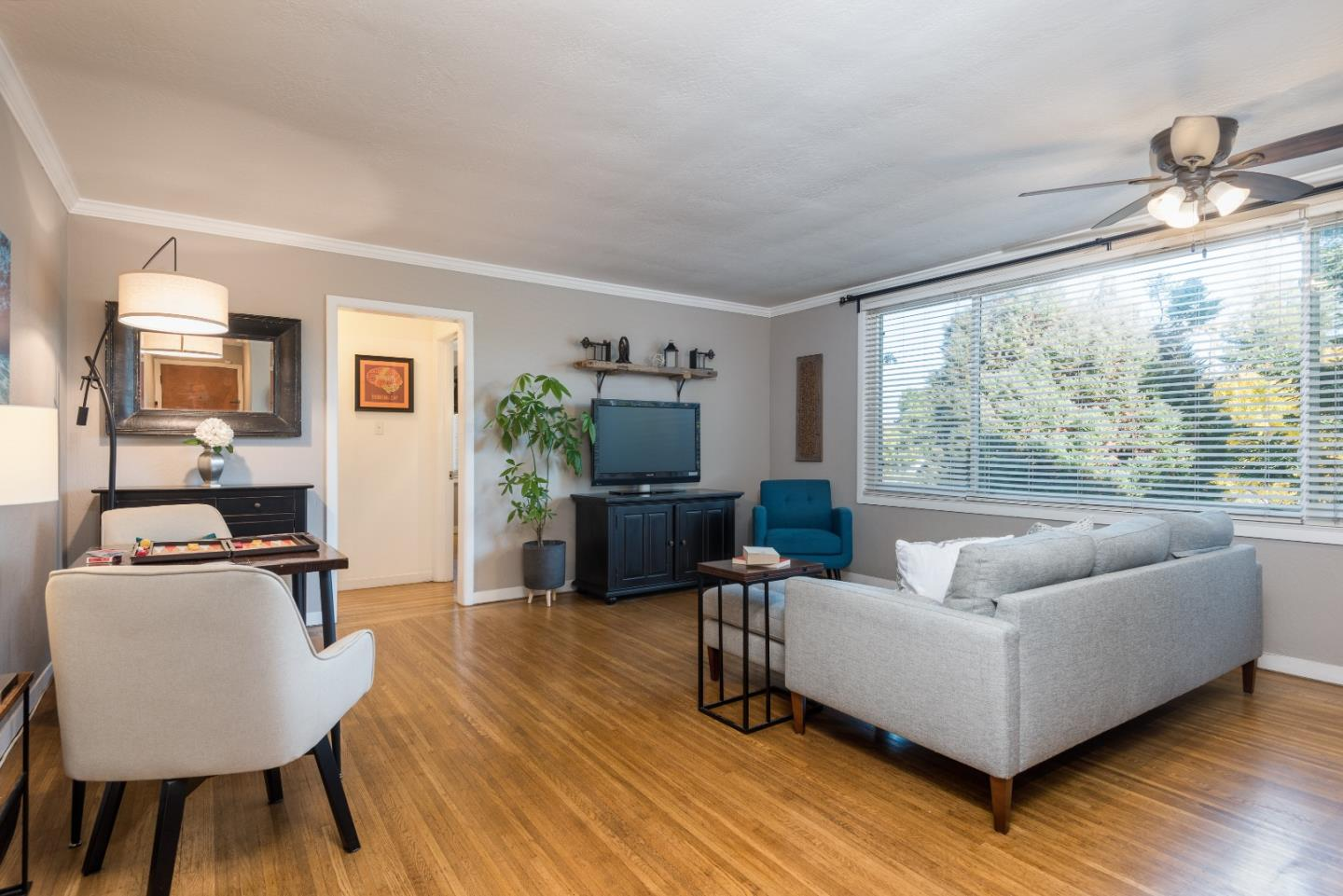 Detail Gallery Image 1 of 1 For 155 N El Camino Real #6,  San Mateo,  CA 94401 - 1 Beds | 1 Baths