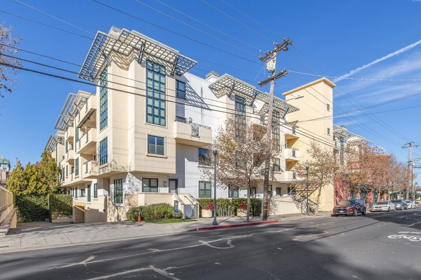 Detail Gallery Image 1 of 57 For 225 9th Ave #311,  San Mateo,  CA 94401 - 4 Beds | 4 Baths