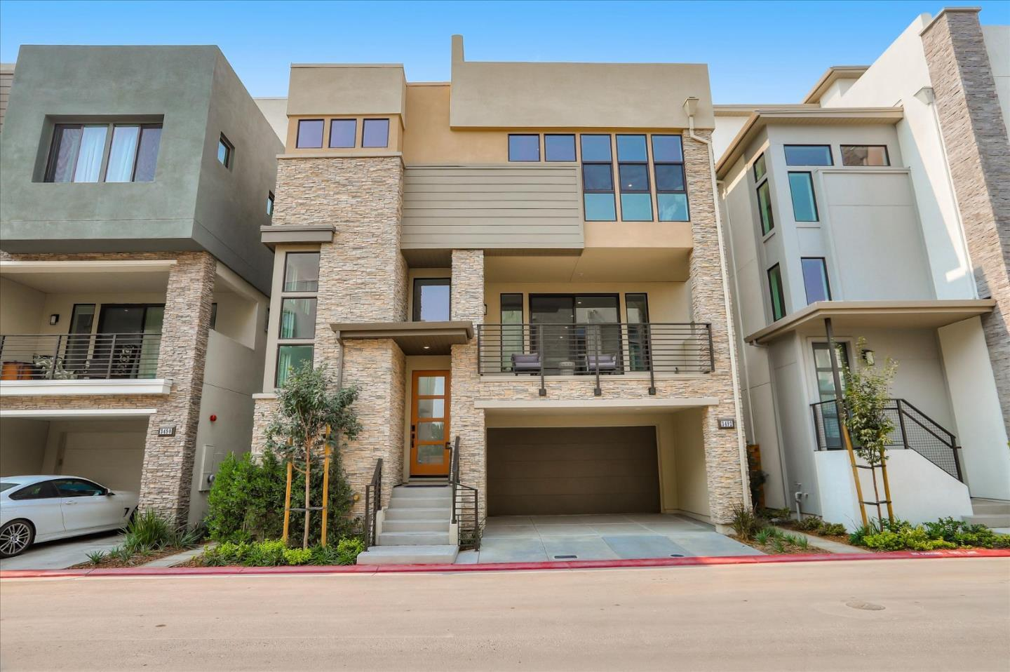 Detail Gallery Image 1 of 1 For 3492 Toomey Pl #59,  Santa Clara,  CA 95051 - 3 Beds | 3/2 Baths