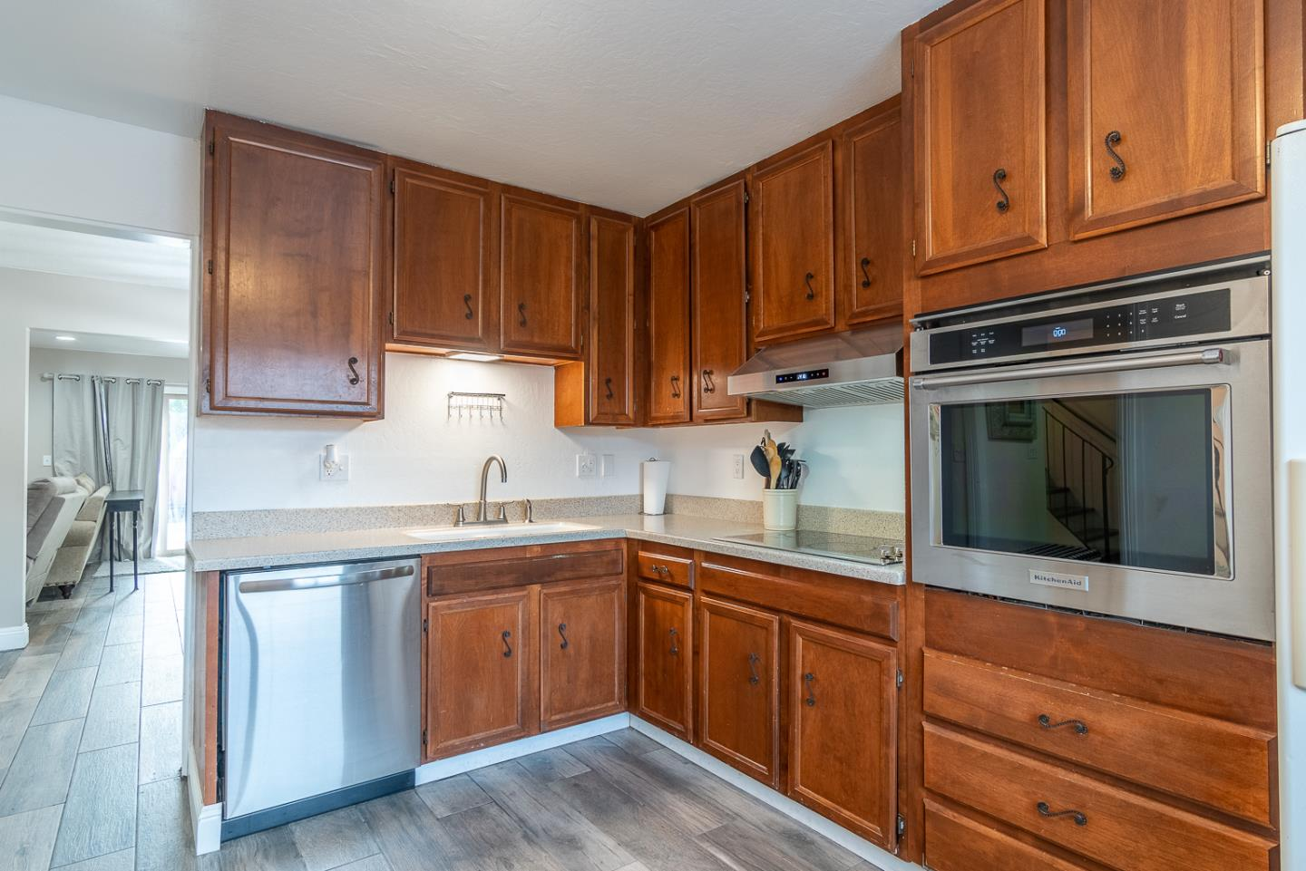 Detail Gallery Image 1 of 1 For 150 Villa Pacheco Ct, Hollister,  CA 95023 - 2 Beds   2/1 Baths