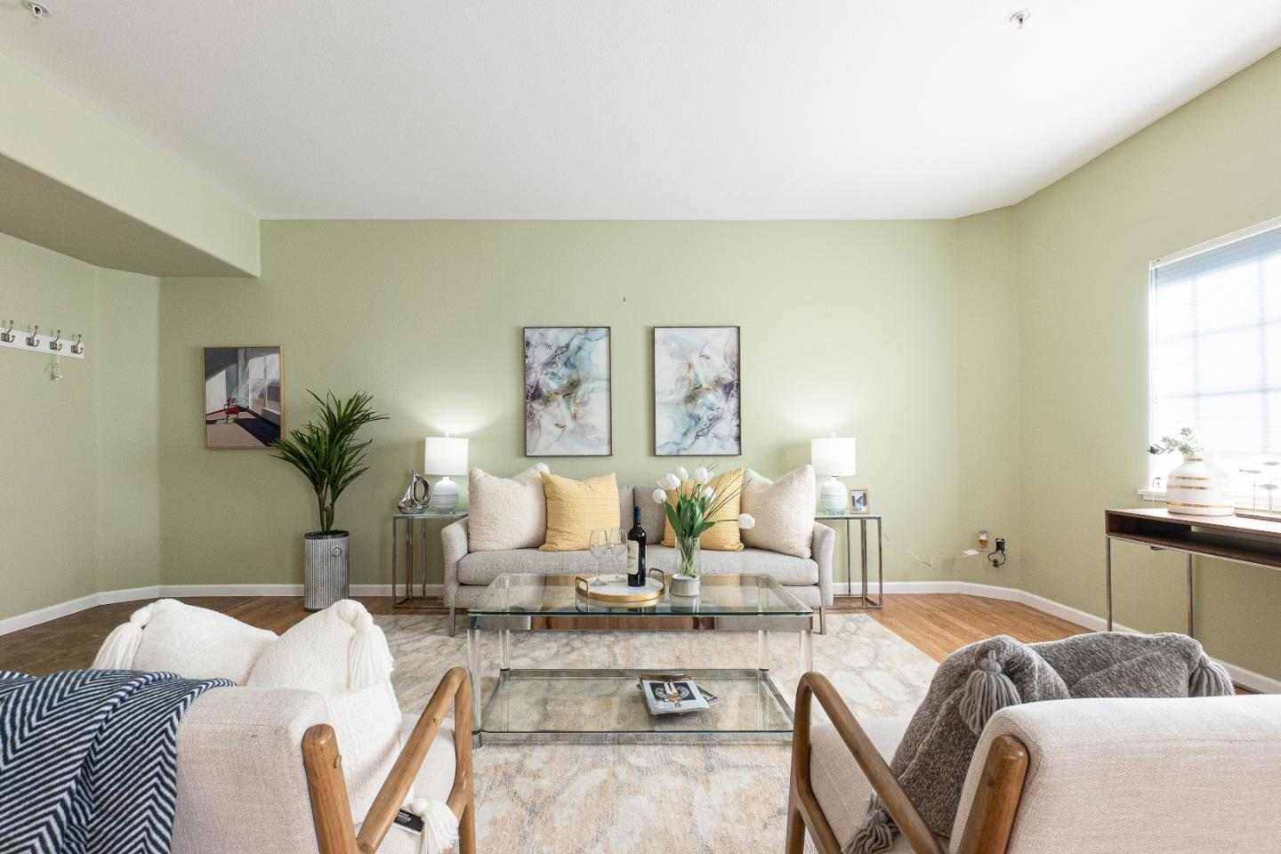Detail Gallery Image 1 of 1 For 128 N El Camino Real #103,  San Mateo,  CA 94401 - 2 Beds | 2 Baths