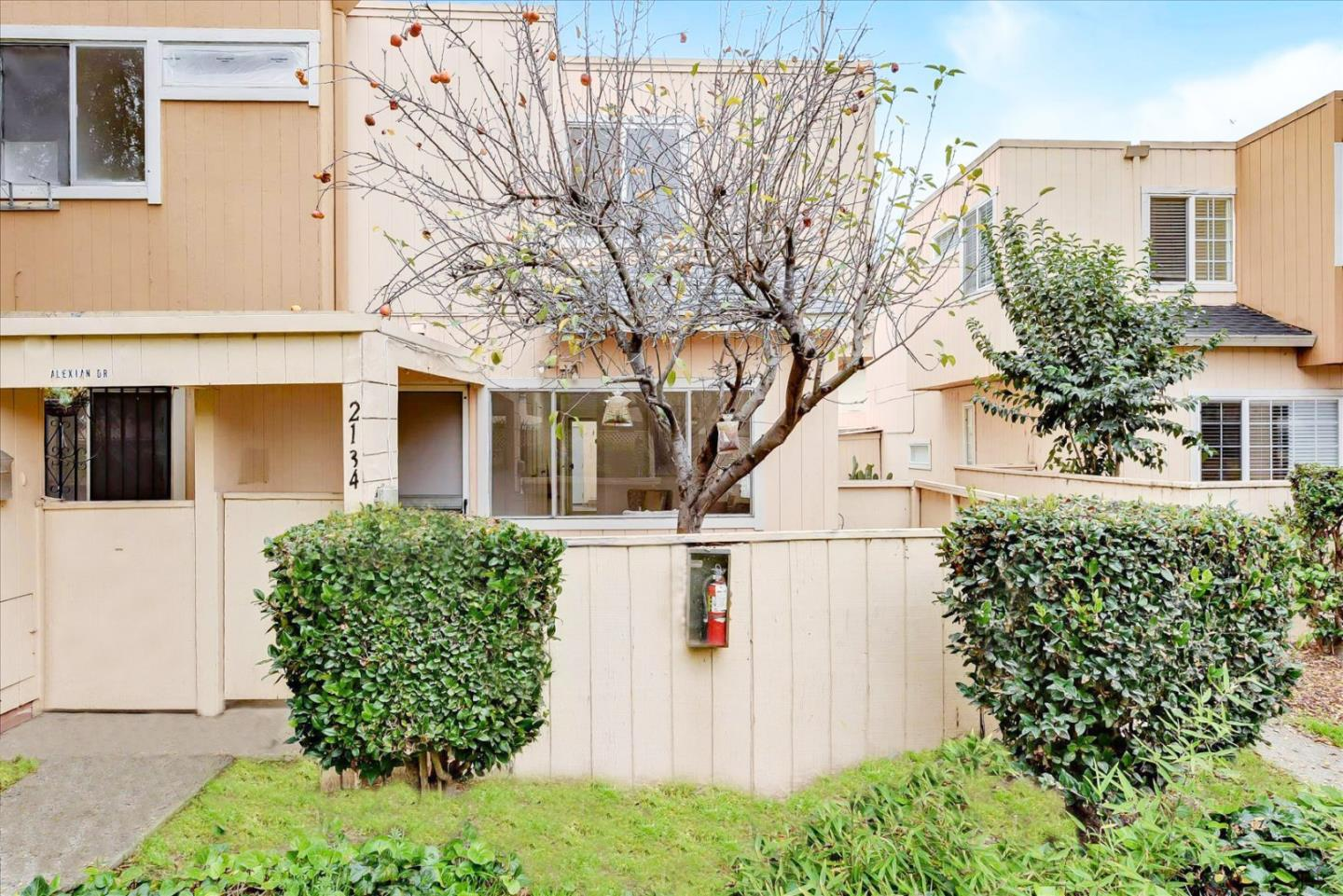 Detail Gallery Image 1 of 20 For 2134 Alexian Dr, San Jose,  CA 95116 - 2 Beds | 1/1 Baths