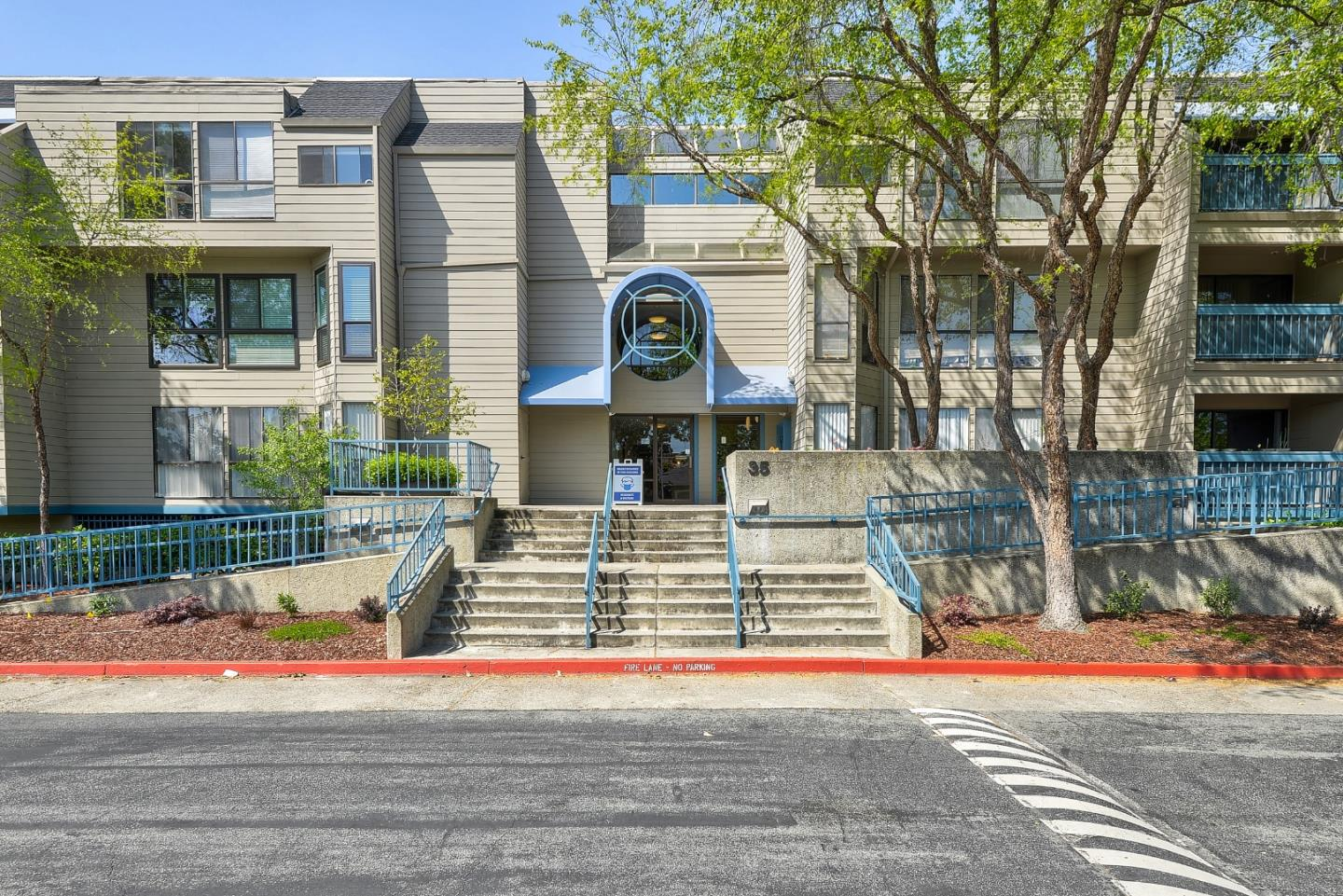 Detail Gallery Image 1 of 1 For 35 W 20th Ave #140,  San Mateo,  CA 94403 - 2 Beds   2 Baths