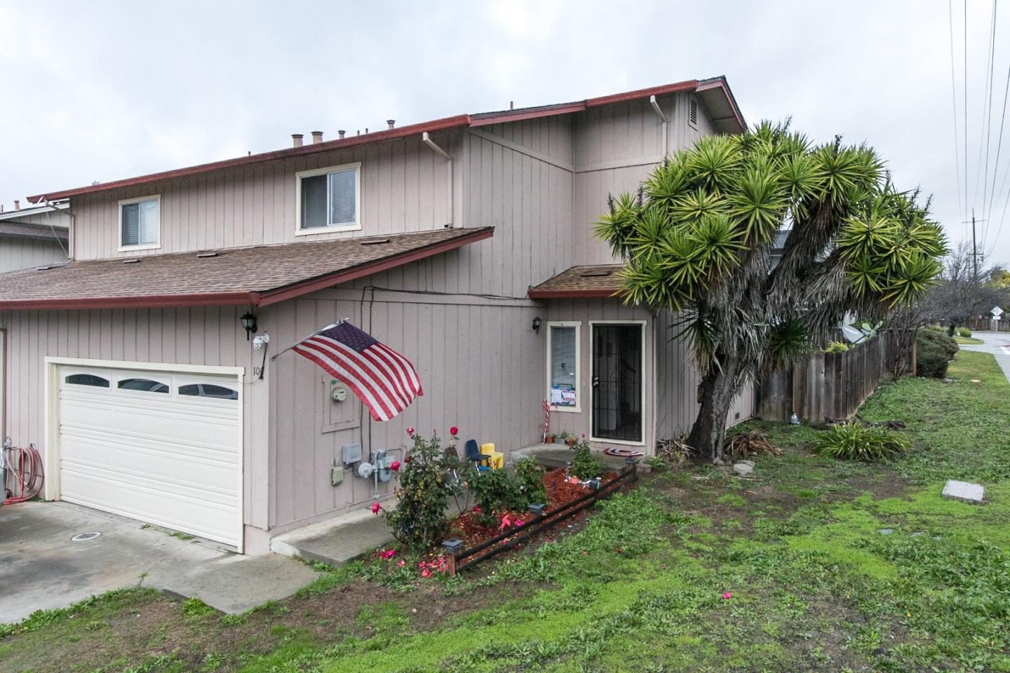 Detail Gallery Image 1 of 1 For 100 Montebello Dr, Watsonville,  CA 95076 - 3 Beds | 2/1 Baths