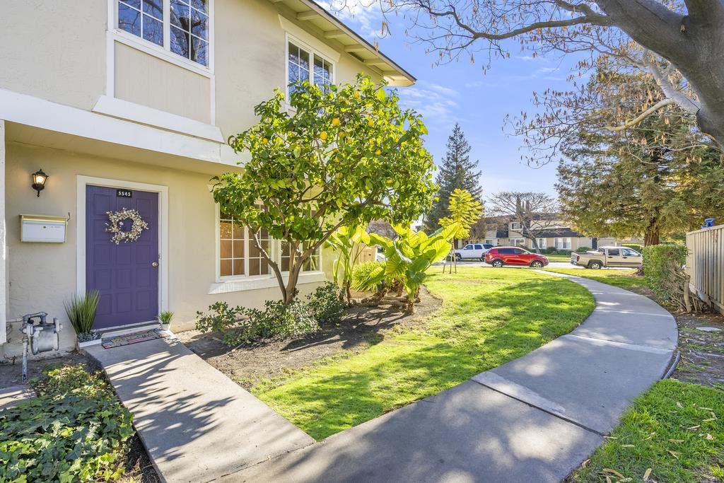Detail Gallery Image 1 of 1 For 5545 Don Pedro Ct, San Jose,  CA 95123 - 4 Beds   2/1 Baths