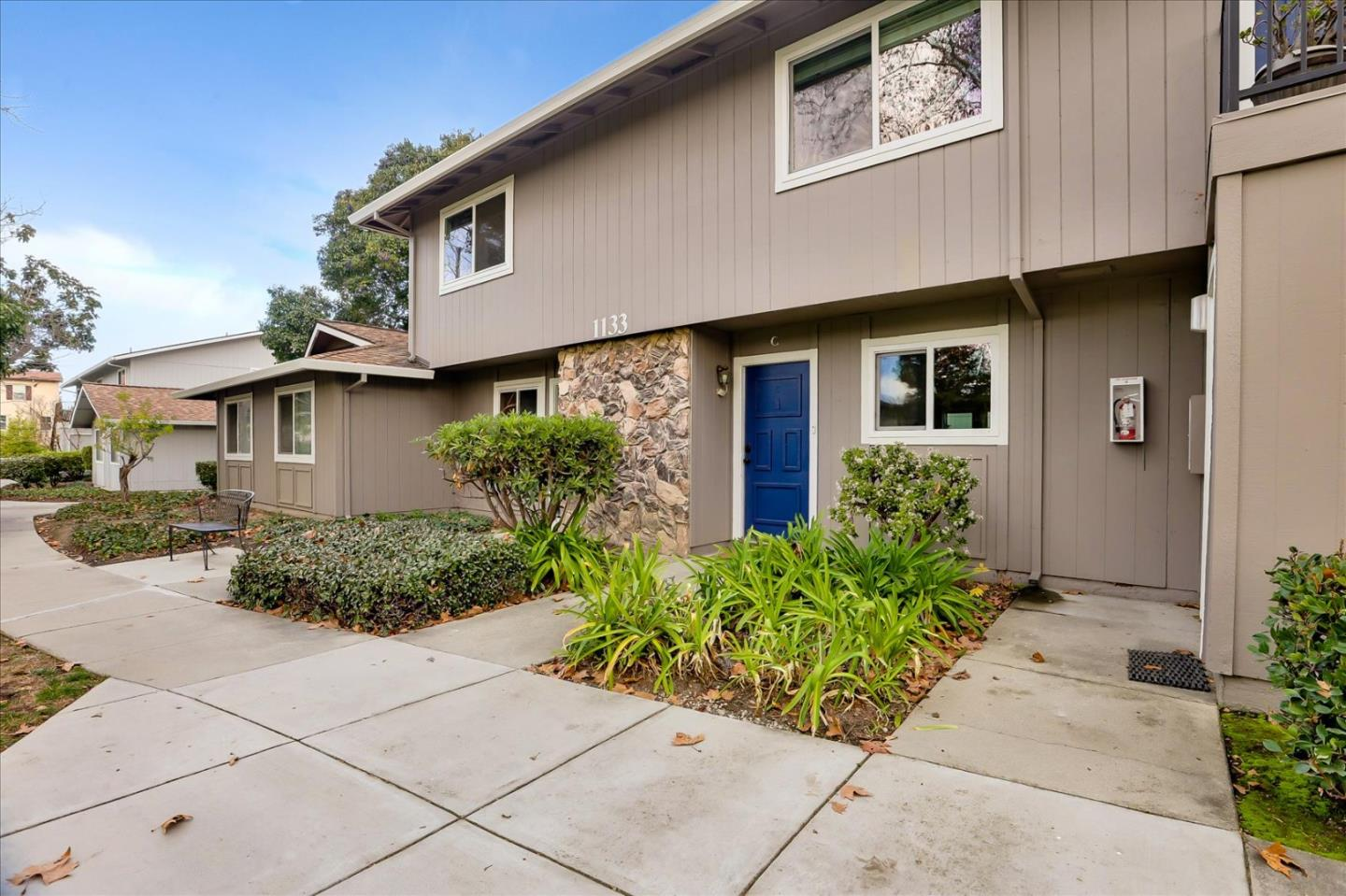 Detail Gallery Image 1 of 1 For 1133 Reed Ave #C,  Sunnyvale,  CA 94086 - 3 Beds | 1/1 Baths