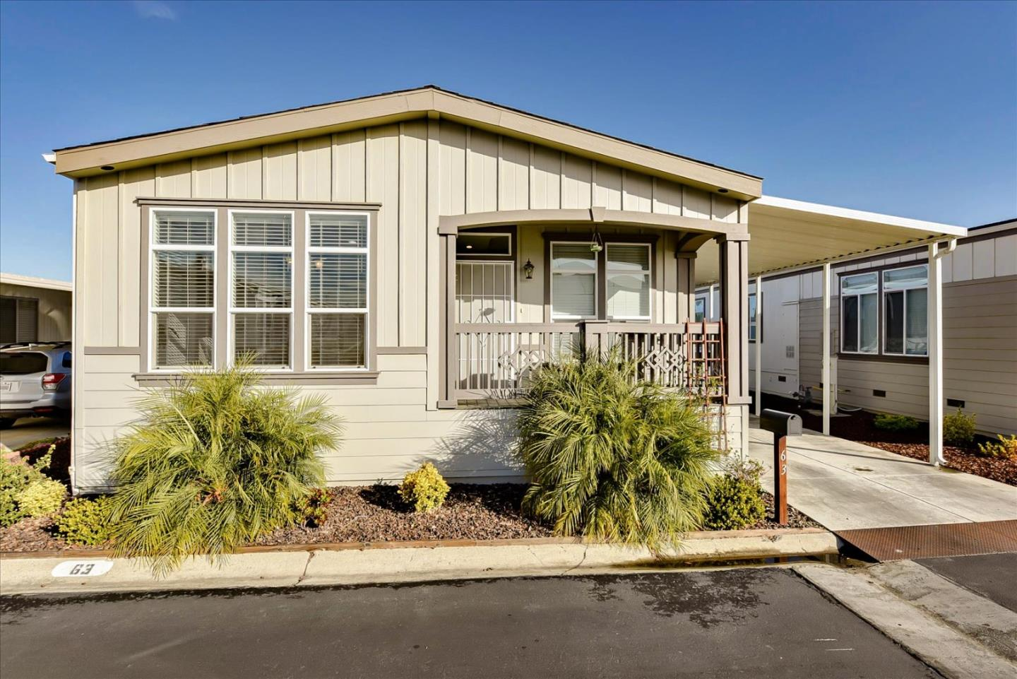 Detail Gallery Image 1 of 33 For 433 Sylvan Ave #63,  Mountain View,  CA 94041 - 3 Beds | 2 Baths