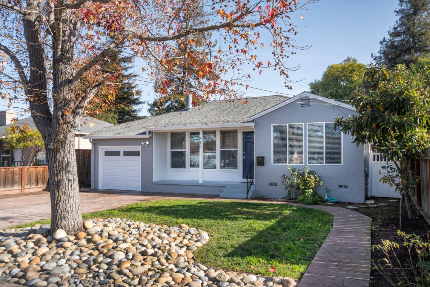 Detail Gallery Image 1 of 1 For 816 6th Avenue, Redwood City,  CA 94062 - 3 Beds   1 Baths