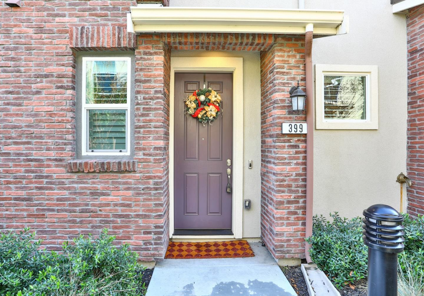 Detail Gallery Image 1 of 1 For 399 Charles Morris Ter, Sunnyvale,  CA 94085 - 3 Beds | 2/1 Baths