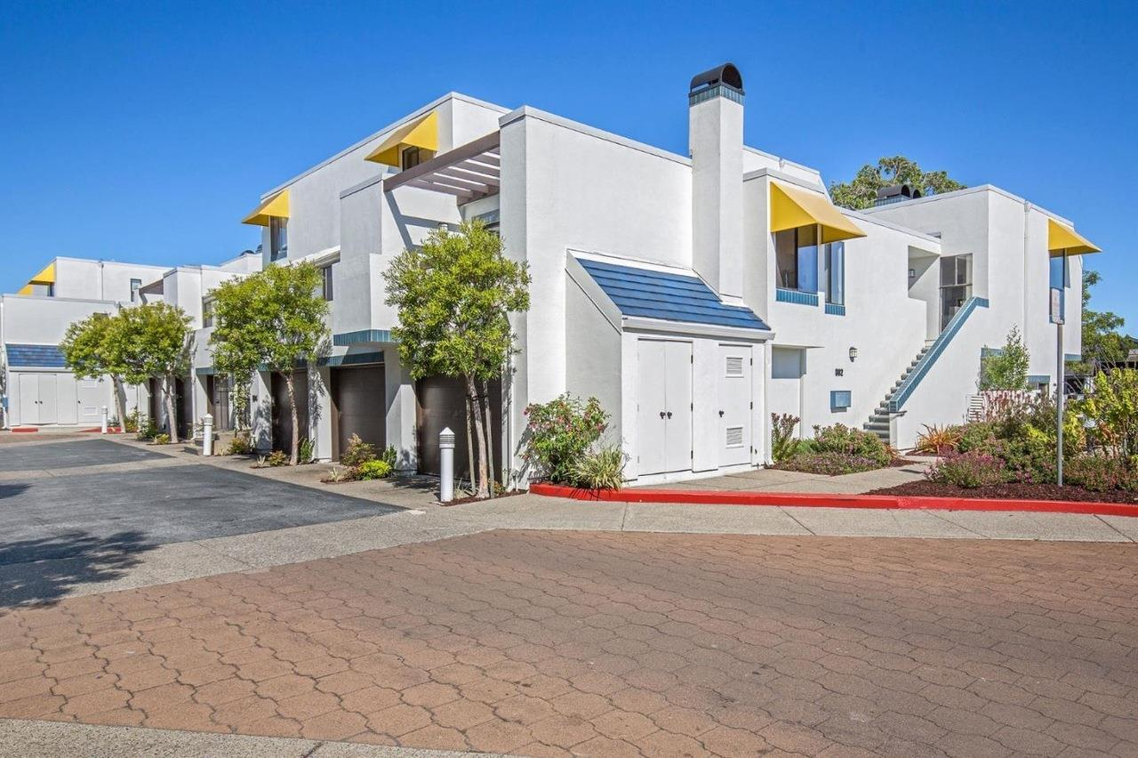 Detail Gallery Image 1 of 1 For 802 Balboa Ln, Foster City,  CA 94404 - 2 Beds | 2 Baths