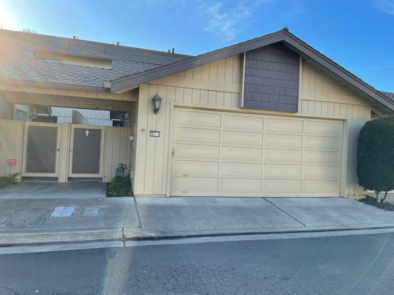Detail Gallery Image 1 of 1 For 1832 Cherokee Dr #3,  Salinas,  CA 93906 - 3 Beds | 2/1 Baths