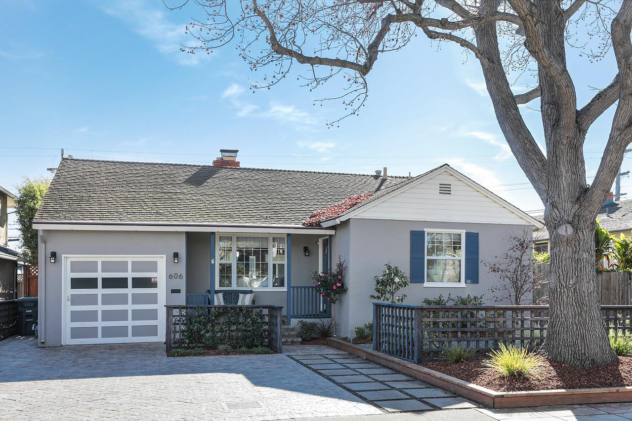 Detail Gallery Image 1 of 1 For 606 Magnolia Dr, San Mateo,  CA 94402 - 3 Beds   2 Baths