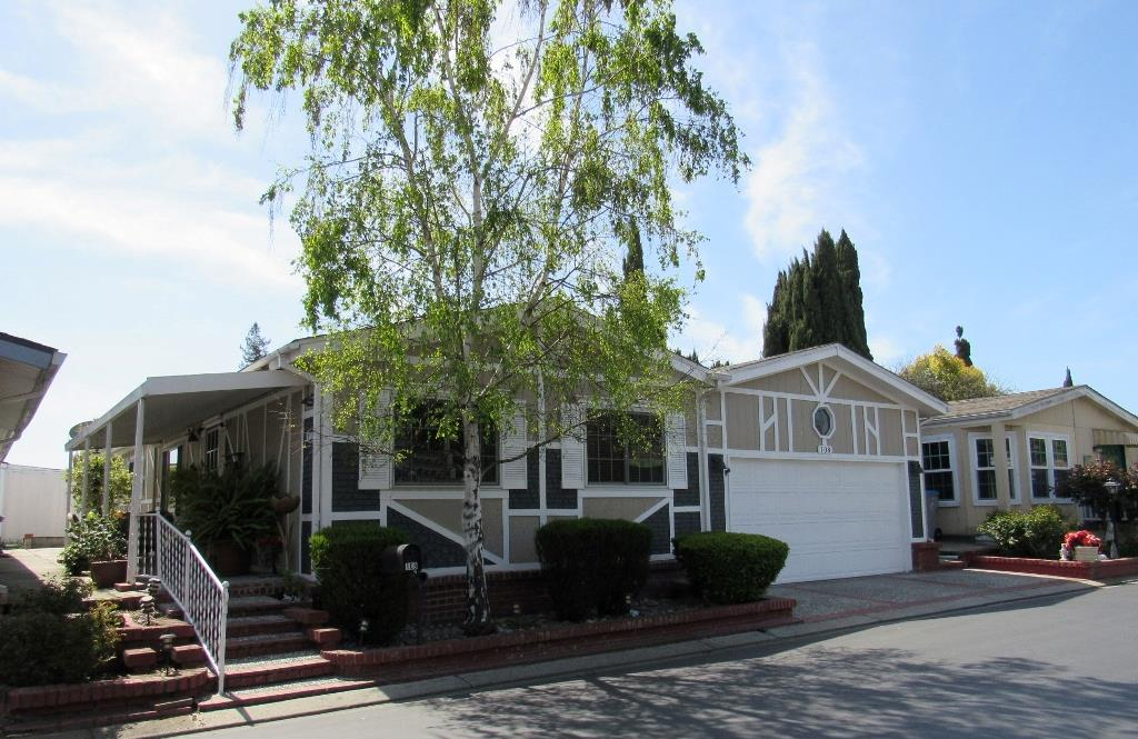 Detail Gallery Image 1 of 36 For 4271 North 1st St #108,  San Jose,  CA 95134 - 3 Beds   2/1 Baths