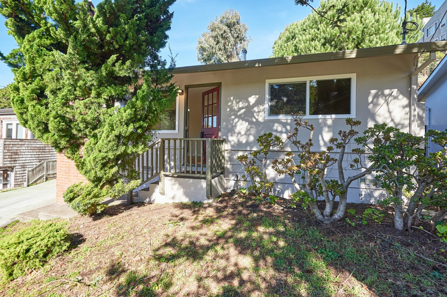 Detail Gallery Image 1 of 1 For 725 Rockaway Beach Ave, Pacifica,  CA 94044 - 2 Beds   1 Baths