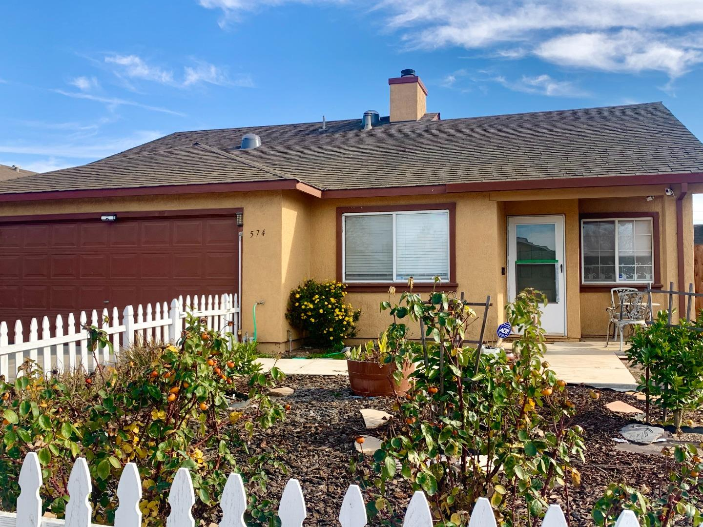 Detail Gallery Image 1 of 1 For 574 Indian Warrior Way, Soledad,  CA 93960 - 4 Beds   2 Baths