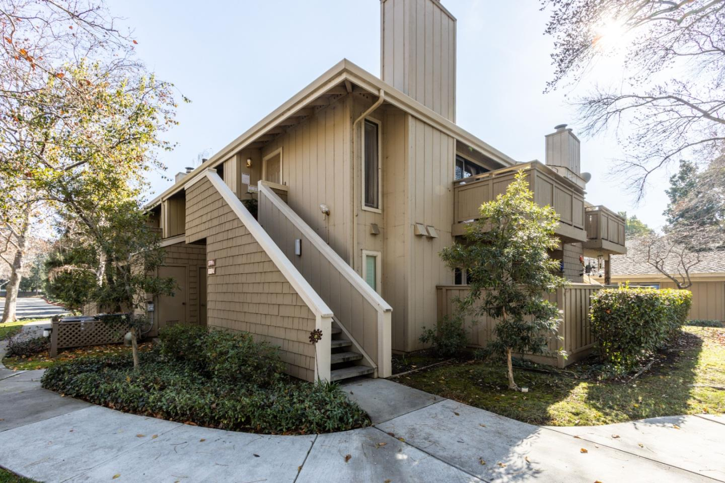 Detail Gallery Image 1 of 16 For 5701 Makati Cir #G,  San Jose,  CA 95123 - 1 Beds   1 Baths
