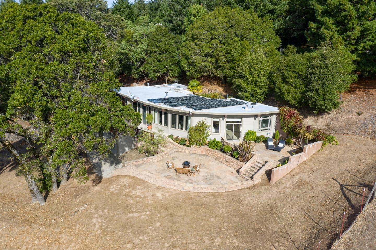 Detail Gallery Image 1 of 1 For 13456 Indian Trail Rd, Los Gatos,  CA 95033 - 4 Beds | 3/1 Baths