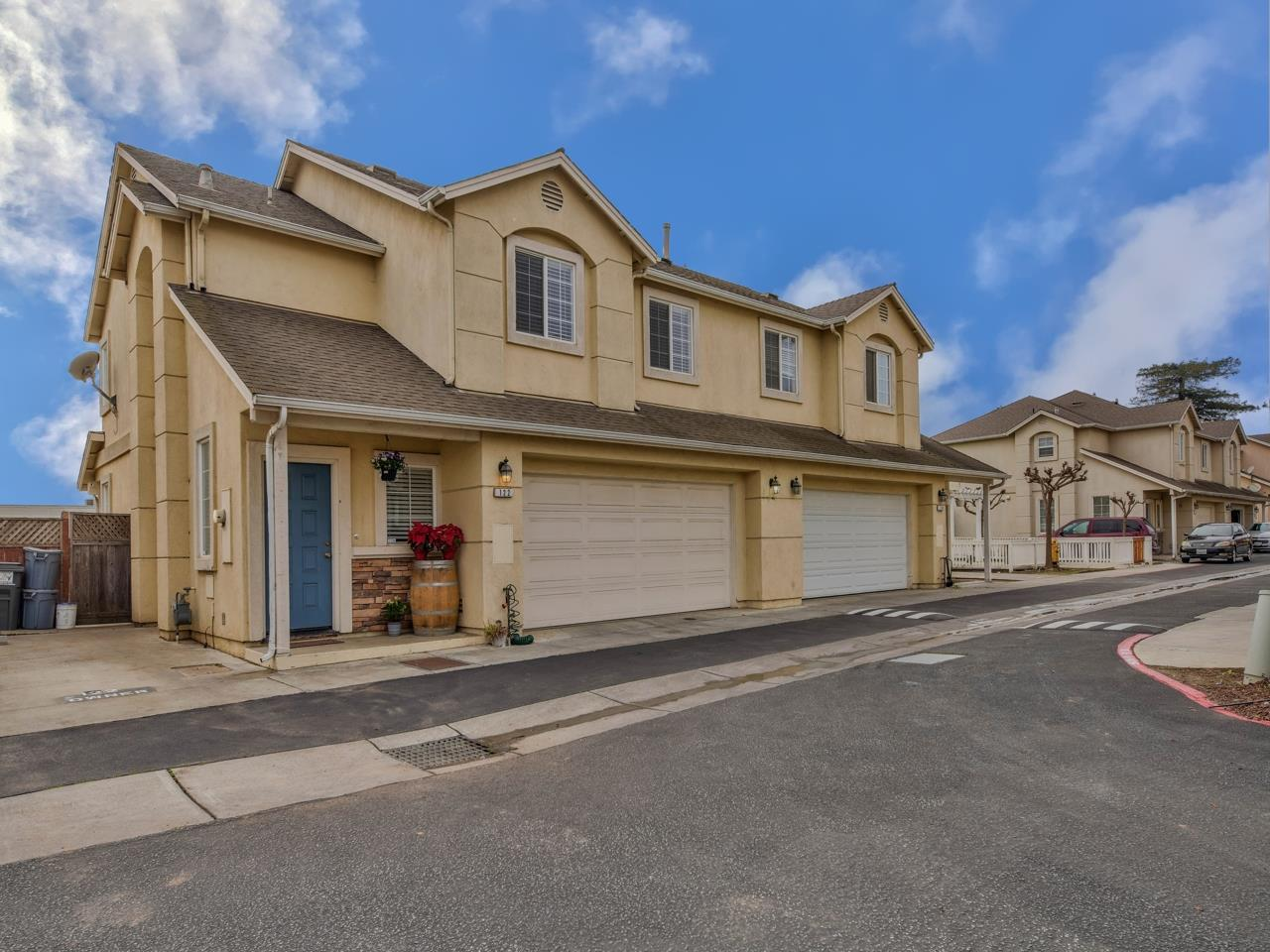 Detail Gallery Image 1 of 32 For 122 Toscano Loop, Freedom,  CA 95019 - 3 Beds | 2/1 Baths
