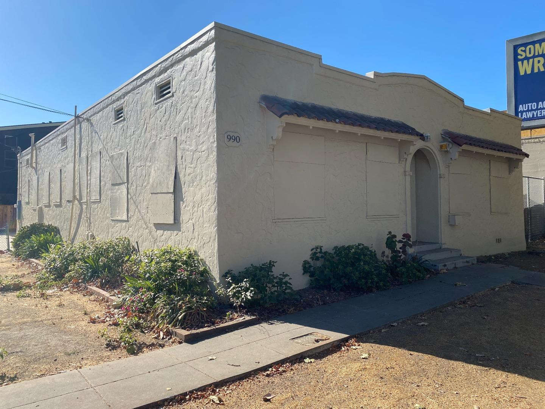 Detail Gallery Image 1 of 3 For 990 E Santa Clara St, San Jose,  CA 95116 - – Beds | – Baths
