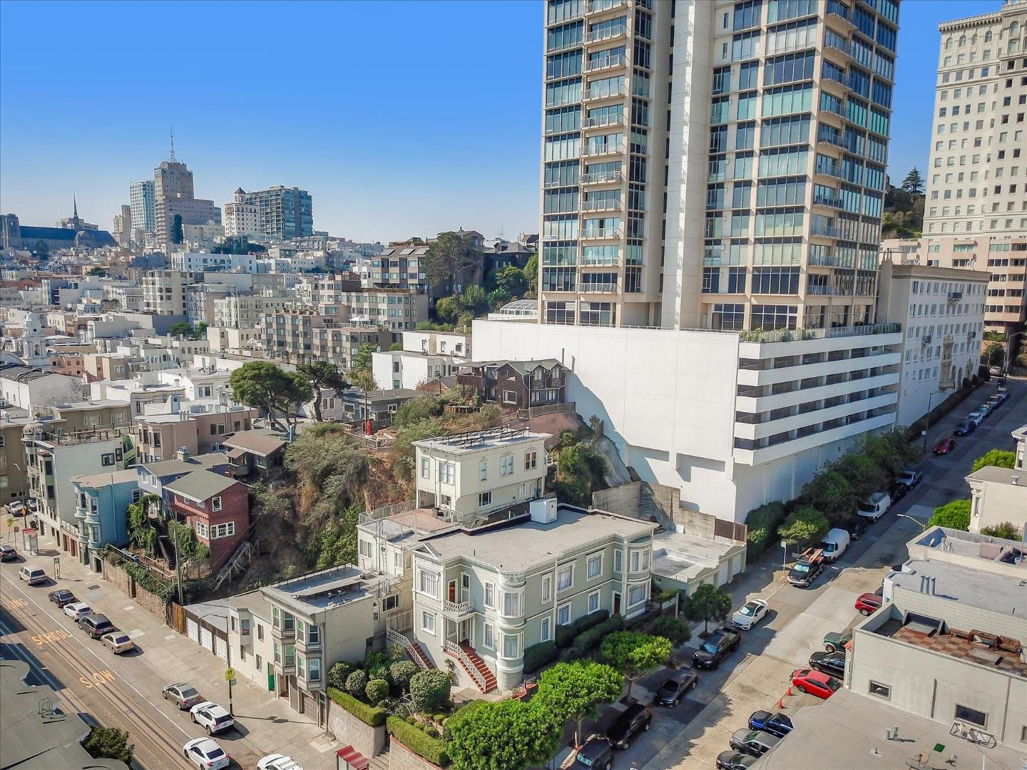 Detail Gallery Image 1 of 1 For 1657 Mason St, San Francisco,  CA 94133 - 5 Beds | 2 Baths